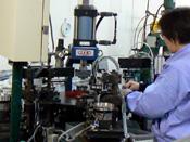 半自動カシメ機(中量生産)